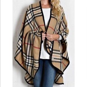 Jackets & Blazers - Beautiful plaid cape